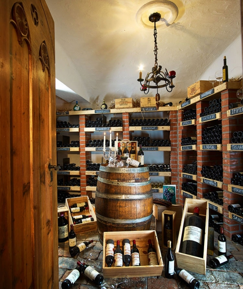 Wine cellar of the Hotel Olympia ****